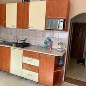 Znížená cena-Predaj:2 izbový komplet zrekonštruovaný byt aj so uariadením v Podbrezovej