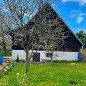 Na predaj chatka so záhradkou v lokalite Stráne o výmere 29 m2.