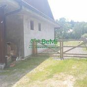 Predaj : Rodinný dom s veľkým pozemkom v obci Raková(675-12-JAS)