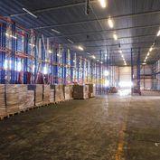 Prenájom výrobno-skladový objekt , 1 996 m² v Trnave