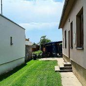 VEĽKÝ BIEL - zrekonštruovaný rodinný dom s krásnym pozemkom