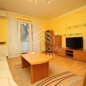 TRNAVSKÉ Mýto - 1,5  iz. byt, VOĽNÝ IHNEĎ, 500,- eur vr. energií