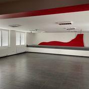 Kancelária v Administratívnej budove na Pšeničnej