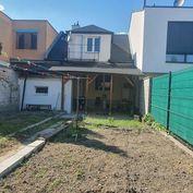 Rodinný dom, Bratislava - Ružinov, Trnávka Bielková ulica, 200 m2 užítková, 247 m2 pozemok cena 289