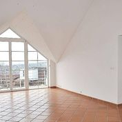 Prenájom 4 izbového bytu vo vile na KOLIBE, ulica Horná Vančurova
