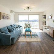 Nadštandardný 2i byt, zariadený, 54 m2, klimatizácia, parkovanie