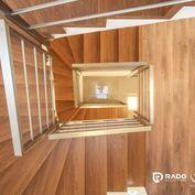 IBA U NÁS!!! 4-izbový RD 285m2 + pozemok, Matice Slovenskej - Trenčín