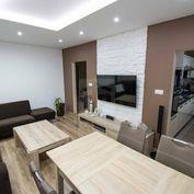 Directreal ponúka REZERVOVANÝ. Krásny a priestranný 4-izb. byt s balkónom, stačí sa nasťahovať!