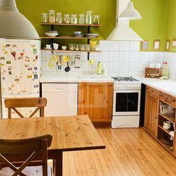Directreal ponúka NOVINKA ---- Rodinný dom  priamo v Topoľčanoch   po originálnej  rekonštrukcii  s