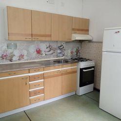 Directreal ponúka Veľký 2-izbový byt v centre mesta na prenájom
