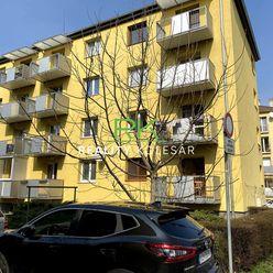 Reality Kolesár predáva 2 izbový byt Bocatiova Staré Mesto KE I