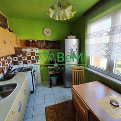 015-113-OTB     Exkluzívne Vám ponúkame na predaj 3 izbový byt v Hnúšti na ulici 1. Mája.