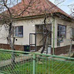 REZERVOVANÝ 3-izbový rodinný dom v Beckovskej Vieske