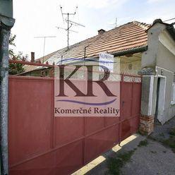 Stavebný pozemok 1223m2 v obci Váhovce na predaj