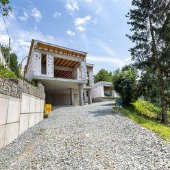 Moderné novostavby Villa ZUX, Dargovských Hrdinov, Sečovská cesta