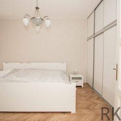 Odporúčame na prenájom 3-izb.byt v centre- Stará Baštová
