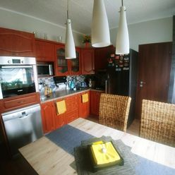 Na predaj 3-izbový prestavaný byt v Komárne na 7 sídlisku