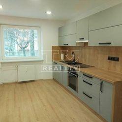 PREDANÉ,  Na predaj pekne zrekonštruovaný 2izbový byt na Podháji, 57m2 s loggiou