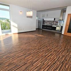 Na prenájom 4 izbový byt s terasou+garáž.státie, 125 m2, Trenčín, Riviéra