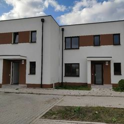 Developer ponúka 4i-rodinný dom s parkovaním aj kuchyňou