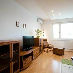 Veľkorysý 3 izbový byt v TOP lokalite bratislavskej Petržalky