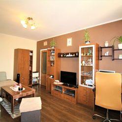 PREDAJ - pekný priestranný slnečný 2i byt o výmere 51 m2, Dúbravka