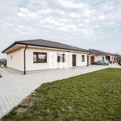 5 izbový rodinný dom s garážou na krásnom 16,5 á pozemku - Malé Ripňany