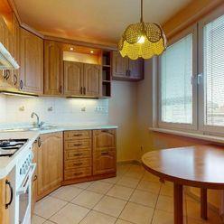 Nadštandardne veľký 3 izb. byt v BA-Ružinov, orientácia na 2 svetové strany