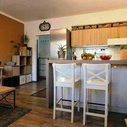 PREDAJ BYTU – Senec , 2  izb. byt 50 m2, centrum,  D1/D4/R7, slnko, vybavenie mesta.