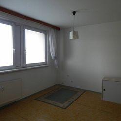 PREDAJ:1i-byt v Petržalke na Fedinovej ulici