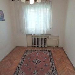 Ponúkame na predaj rodinný dom v Hurbanove