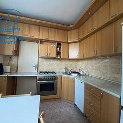Veľkometrážny 3 izbový byt s loggiou na predaj Nitra