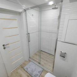 NOVOSTAVBA - Pekný 2 izb. byt, Terasa (pri OC Galéria), Lodžia, komplet zariadený, PARKOVANIE