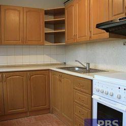 --PBS-- ++PO REKONŠTRUKCII++ Zaujímavý 3.-izb. byt s LODŽIOU o výmere 75 m2 na ulici Gen. Goliána++
