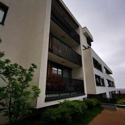 Dražba bytu s garážovým státím na Svätovavrineckej ulici, Obytný dom Panoráma - Koliba, Bratislava -