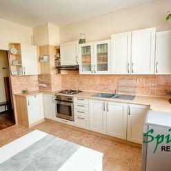 Ponúkame na PREDAJ 3 izb. zrekonštruovaný byt v intraviláne obce Veľké Úľany, so záhradkou v osobnom