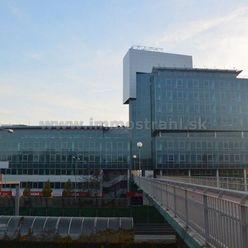 Nadštandardné administratívne priestory na prenájom o výmere 442 m2 a viac v budove Ravak Business C