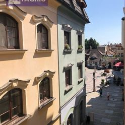 3180 - Na prenájom 2 izbový zariadený , luxusný byt v centre mesta Komárno