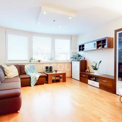 PREDAJ, 2 izbový byt s nadštandardnou výmerou, ul. Cabanova, Dúbravka.