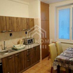 NIVY -  3 izb. byt na Liptovskej ul. pri APOLLO BUSINESS CENTER, BALKÓN, PIVNICA, INTERNET, KBTV
