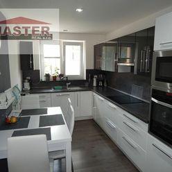 MASTER REAL- Na Predaj 2-izbový byt, 55 m2, Handlová, okres Prievidza
