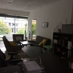 kúpu 2-izbový byt s balkónom v Banskej Bystrici,