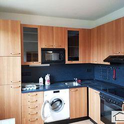 RK MER - Prenájom priestranný 4 izbový byt, Sibírska ulica, pri Račianskom Mýte, BA III – Nové Mesto