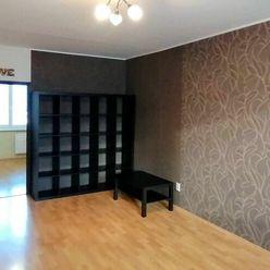 Na predaj 2-izbový byt na Svätoplukovej ul. v Pezinku (Sever)
