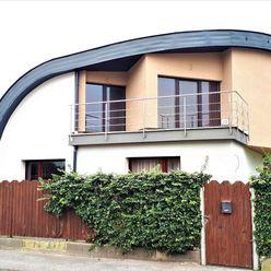 REZERVOVANÉ - Moderný 5-izbový rodinný dom, Košice-Vyšné Opátske