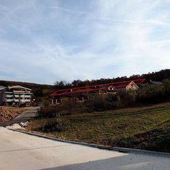 Investičný pozemok 4028m2 v obci Podhájska