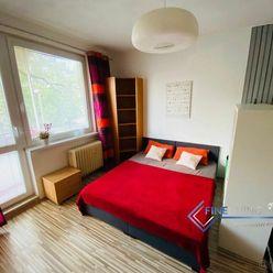 Pekný, veľký 1 izb.byt, ul. Párovská, balkon.