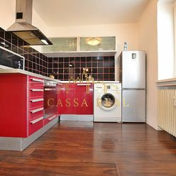 1-izbový byt na prenájom, 30m², Staré mesto- Jesenná ulica