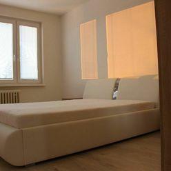 REZERVOVANE Prenájom, zariadený 2 izbový byt s balkónom centrum mesta PRIEVIDZA
