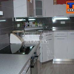 EXKLUZÍVNE! 3izbový byt s kompletnou rekonštrukciou v širšom centre Piešťan, 70m2
